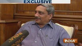 Manohar Parrikar Exclusive Interview, Targets Sonia Gandhi on AgustaWestland
