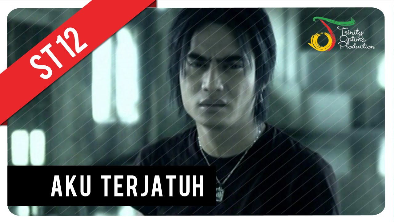 Download ST12 - Aku Terjatuh MP3 Gratis