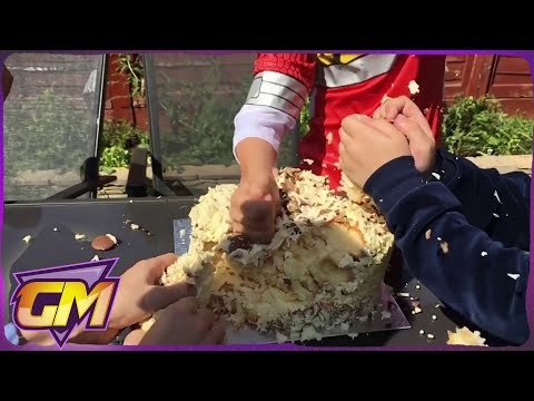 Power Rangers Birthday Cake Smash! - Fun Kids Skit