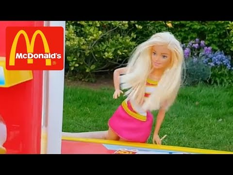 Barbie Dolls  Pretend Play at McDonald's