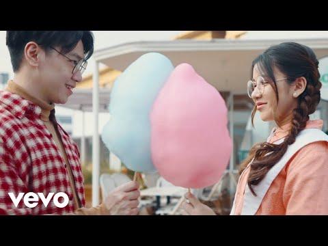 Download Lagu Tiara Andini Hadapi Berdua Mp3