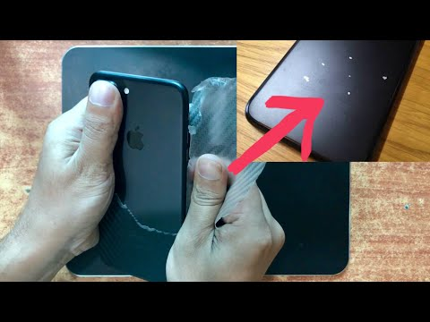 Paint Coming off of iphone 7 Black?