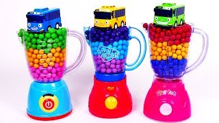 Learn Colors with Blender Kitchen Toy Appliances Playset and Toy Car Vehicles for Children