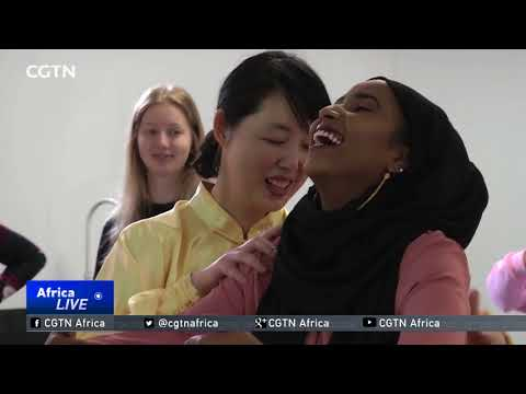Somali students learn Traditional Chinese Medicine