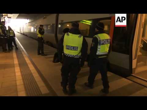 Swedish police step up passport checks