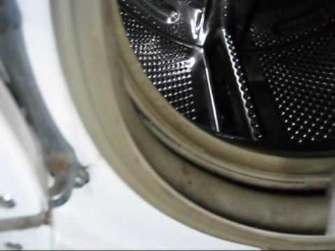 How to clean a door seal