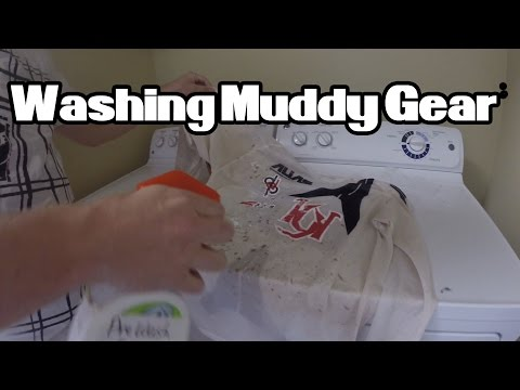How To Remove Mud and Dirt Stains from Motocross Gear!