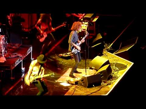Wolfmother - Long Way To Go