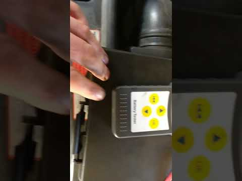Lancol micro 200 battery tester