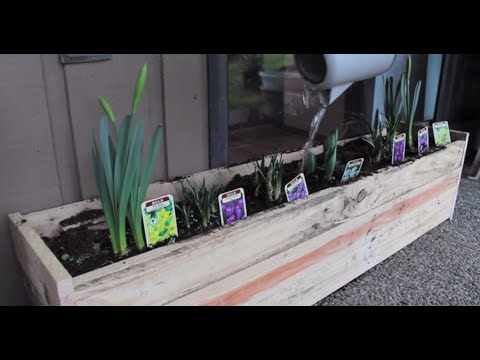 Pallet Planter Box DIY