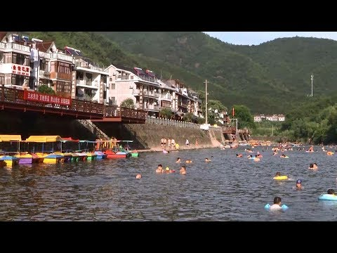 Small Town in East China Adopts New Initiatives to Fight Water Pollution