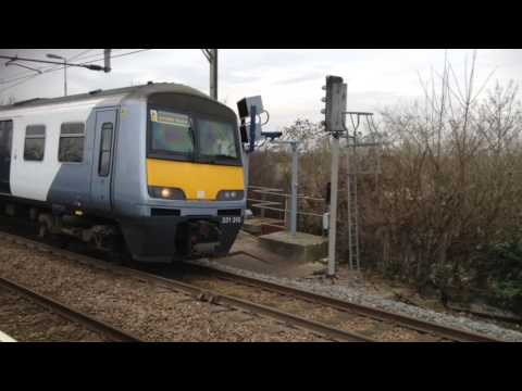 Trains at: Rayleigh, Shenfield - Southend Line, 14/2/17