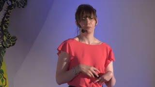 Riuscire a cambiare se stessi per cambiare (un po') il mondo | Valentina Spotti | TEDxEsinoLario