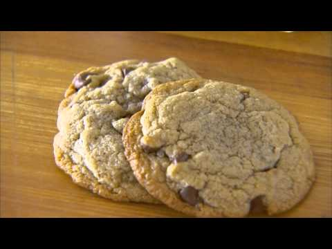Chewy or Crispy Chocolate Chip Cookies Secrets to Success