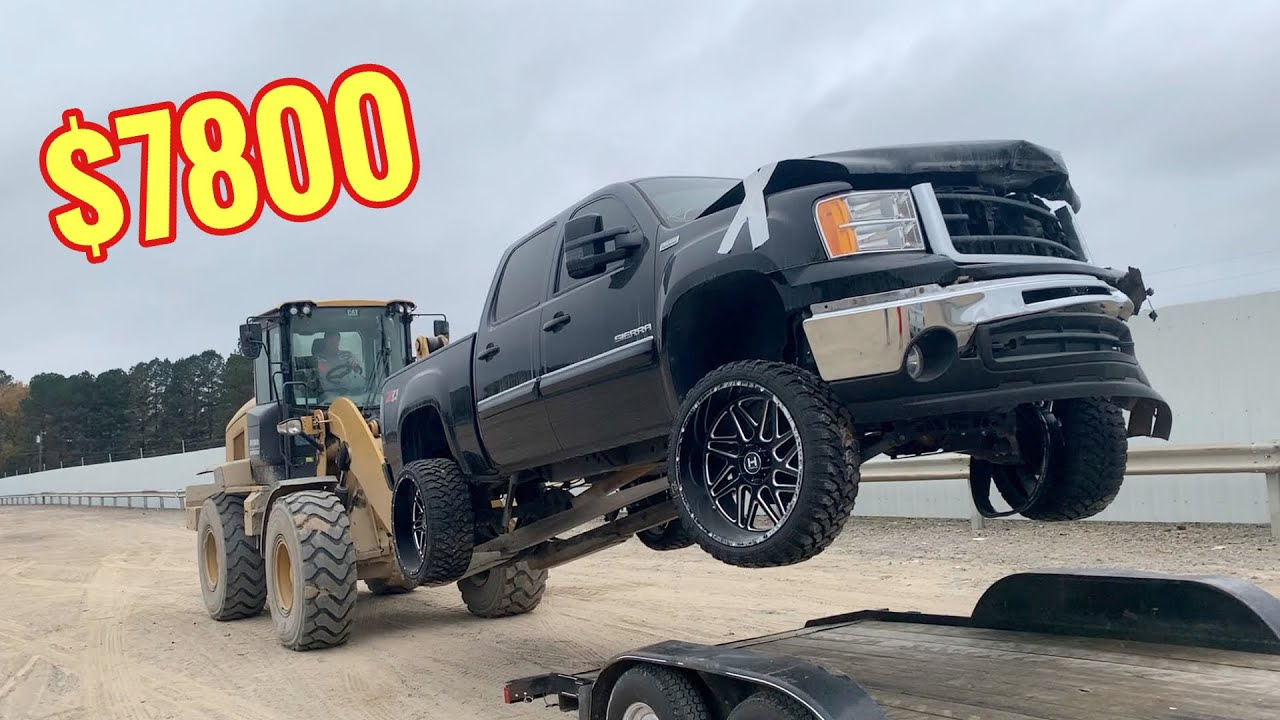 I Bought A Wrecked 2010 GMC Sierra Z71 From Copart