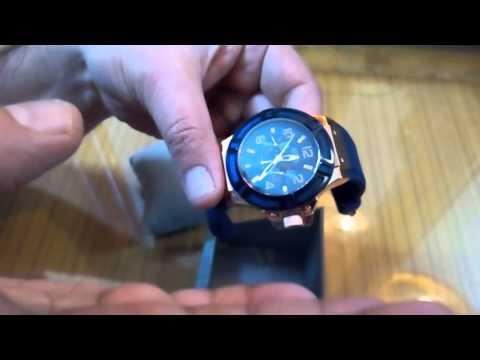 Guess blue Rigor men,s watch W0247G3 in HINDI