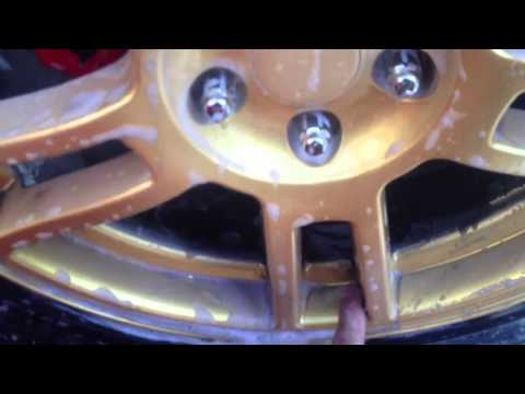 How to clean bright plastidip wheels