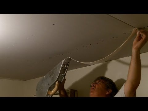 Taping Drywall with a Banjo