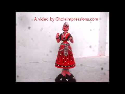 Chola Impressions Tanjore Dancing doll Dancing to the tunes