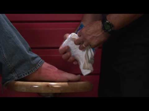 Basic First Aid : How to Treat a Foot Fracture