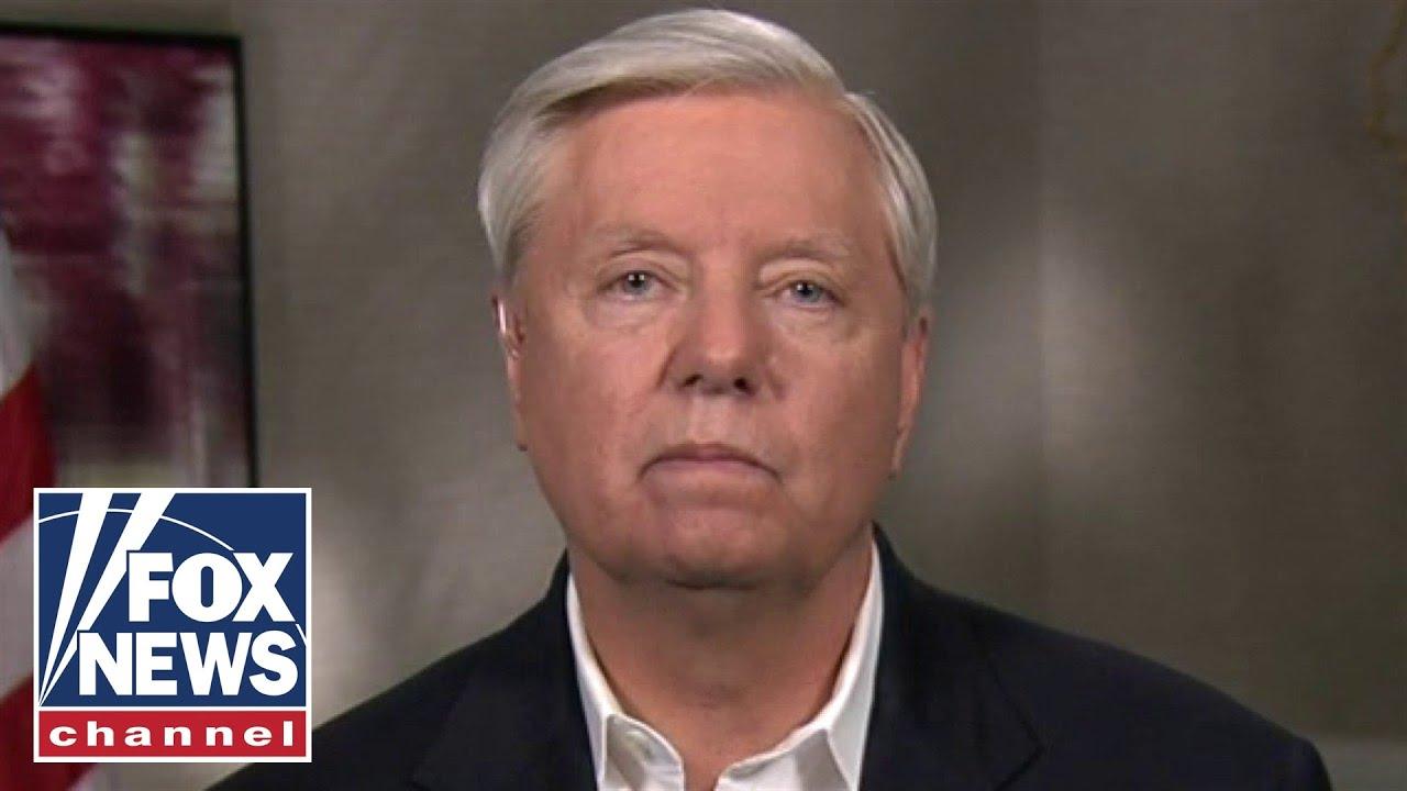Lindsey Graham hits back at Fauci's refusal to see the southern border