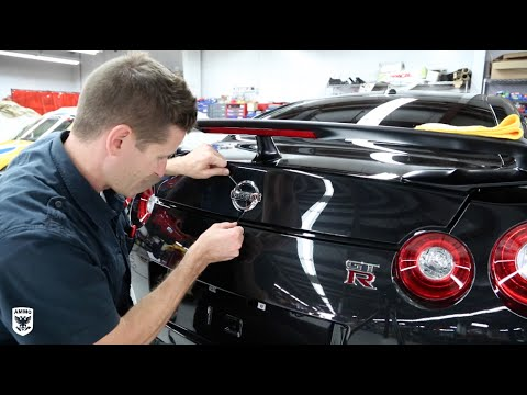How to Remove Car Emblems