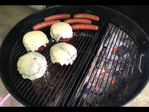 Blue Cheese Stuffed Burgers & Chili Cheese Dogs/Weber/Slow N Sear