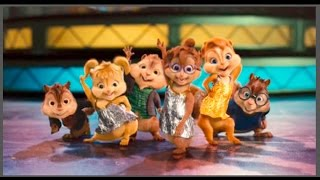 Alvin, esquiletes e os esquilos dançando e cantando muito.