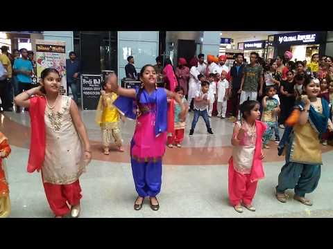 Baisakhi celebrations | Bhangra | Sweetu Dance |  Dance Mafia | Phulkari | Dhol