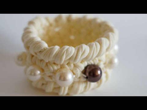 How To Make A Crocheted  Bracelet With  Pearl Beads - DIY Style Tutorial - Guidecentral