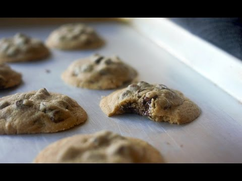 Easiest Basic Chocolate Chip Cookies