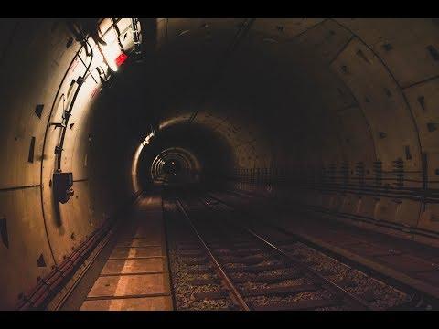 Exploring an active Subway tunnel + Escape!!