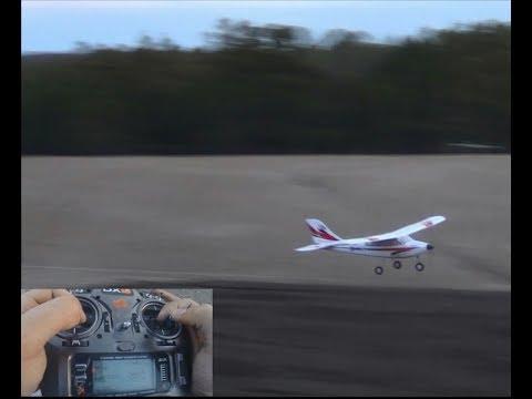 Beginner RC Plane: E-Flite Apprentice Flight Review