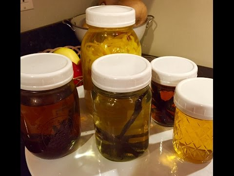 How to Make Homemade Extracts