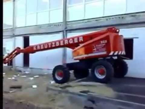 How not to operate boom lift
