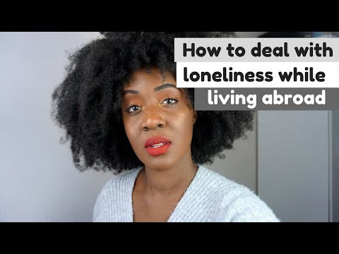HOW TO DEAL WITH LONELINESS WHEN LIVING ABROAD (4 TIPS) // THE TRUE TALK