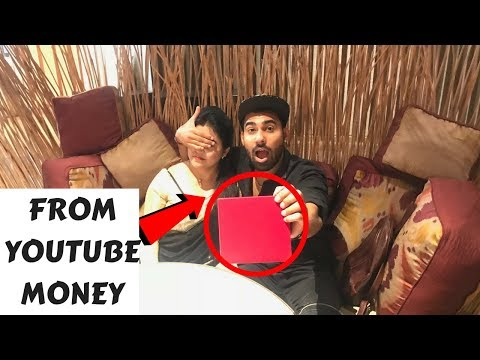 Surprising Mom By 1 Lakh rs Gift *EMOTIONAL*