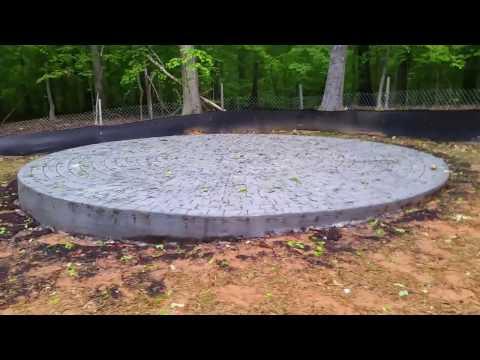 Salzano Custom Concrete, cobblestone circle patio