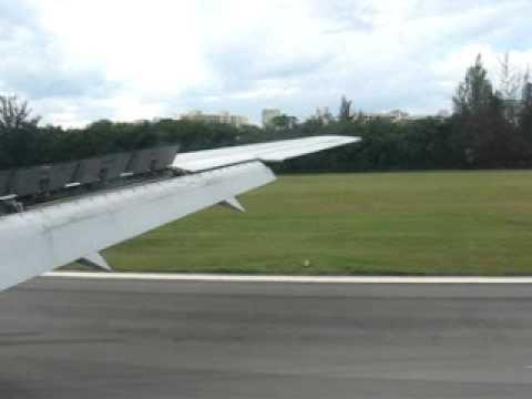 American Airlines Landing in San Juan, PR