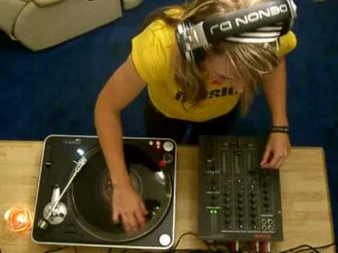 We Play House Music (Electro)