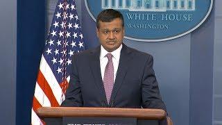 White House press briefing on gun control, school safety, economics | ABC News