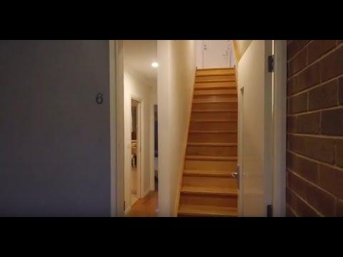 Rental Property in Melbourne: Windsor Townhouse 2BR/2BA by Property Management in Melbourne