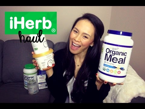 iHerb Haul | Coconut Butter, Aquaphor, Foam Roller + Xmas Decor.