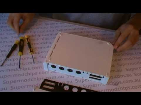How to Disassemble a Nintendo Wii