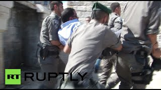 RAW: Palestinians clash with Israeli police during Jerusalem Day march