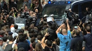 Spanish Police Injure 800 in Crackdown on Catalonia Independence Referendum as Crisis Escalates