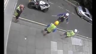 Bike thieves vs Builders!