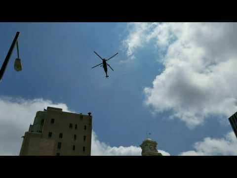 Helicopter Rotor in Sync with Camera (Construction)