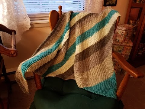 Super Easy Knitted Triangle Shawl!