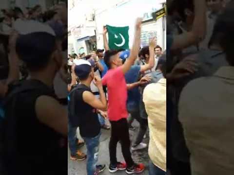 یونان میں پاکستان کی جیت کی خوشی میں جشن